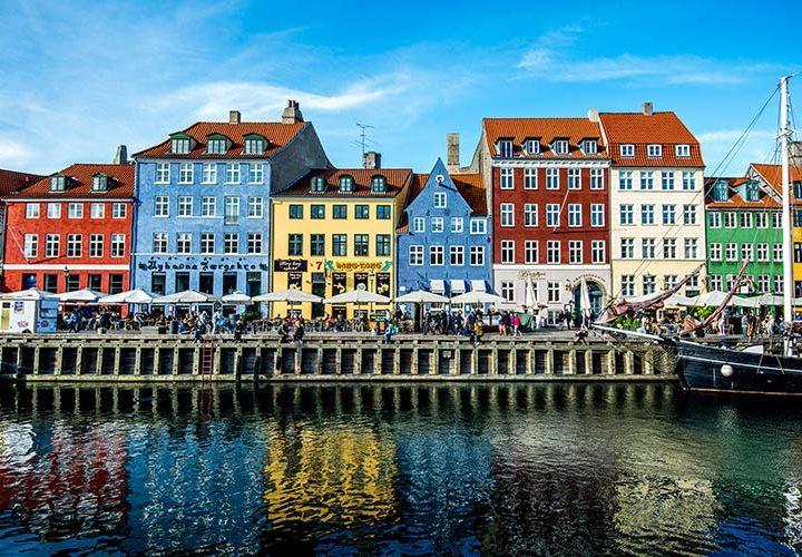 Ta tåget till Köpenhamn – avslappnad atmosfär, mat och design i världsklass